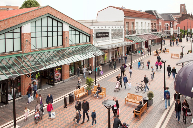 Outlet in France, Roubaix Designer Outlet, for shopping. Its ...