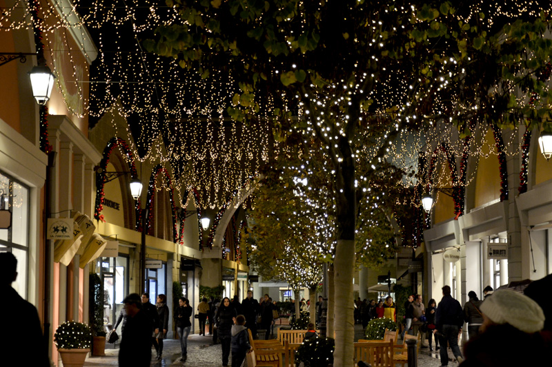 Outlet in Italy, Castel Romano Designer Outlet, for shopping. Its ...
