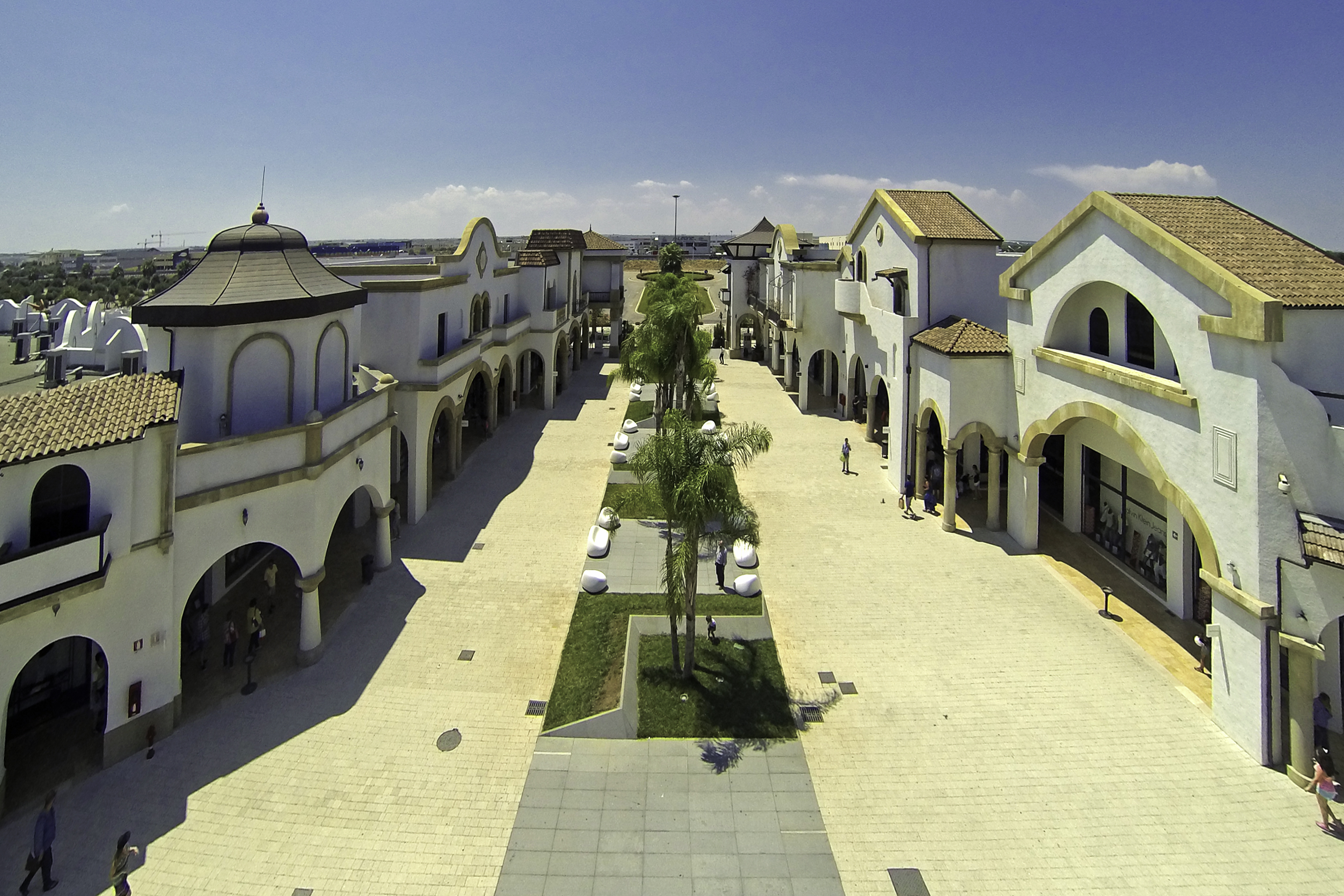 Outlet in Italy, Molfetta Outlet Fashion District, for shopping ...