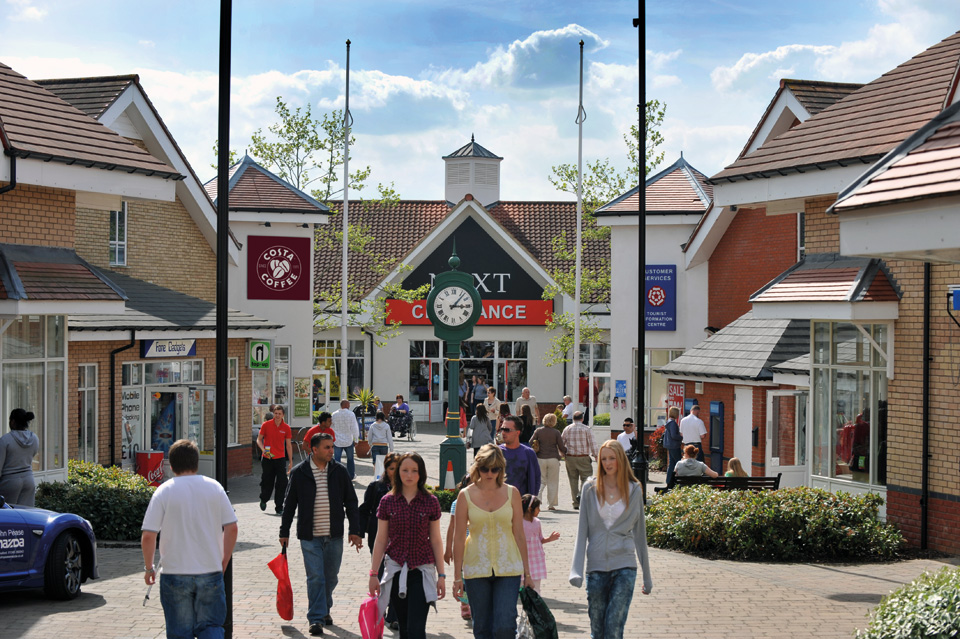 Outlet in United Kingdom, Freeport Outlet Braintree, for shopping ...